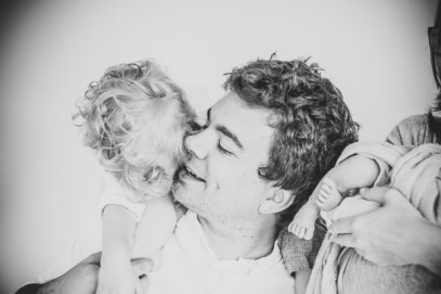 Familienfotografin kleinernordfuchs Neugeborenenfotograf Newborn Kinderfotos Kinderlachen Homestory Featured