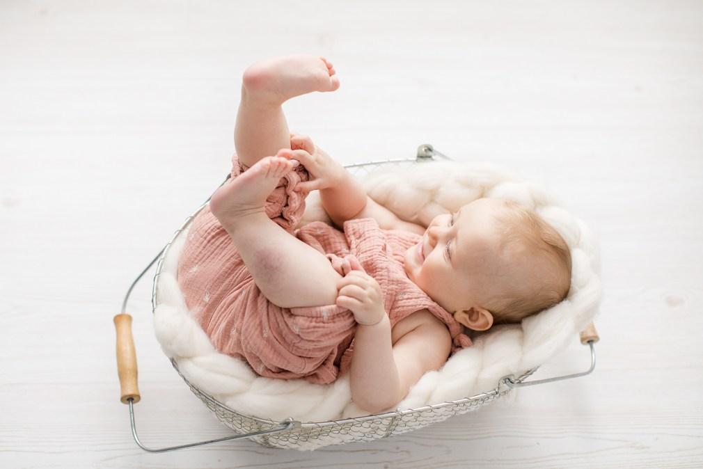 Babyfotos Babymädchen Fotoshooting Michaela Klose Fotografin Beilstein