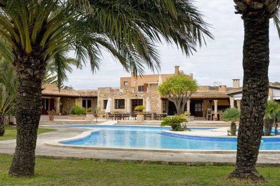 Familien Urlaub Mallorca Poolblick