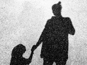 """Wer bin ich – reicht es einfach """"nur"""" Mama zu sein?"""