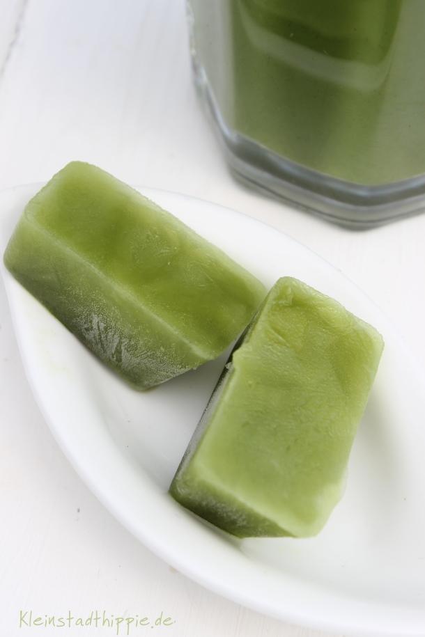 Matcha-Eiswürfel für Frappé