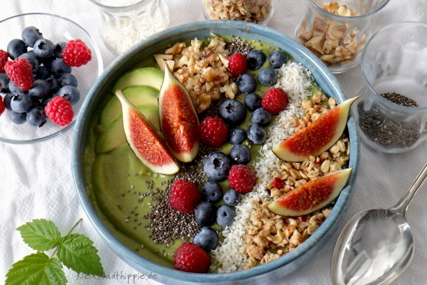 Smoothie Bowl  Avocado Matcha Feigen