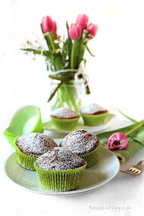 Leckere, vegane Rhabarbar-Muffins