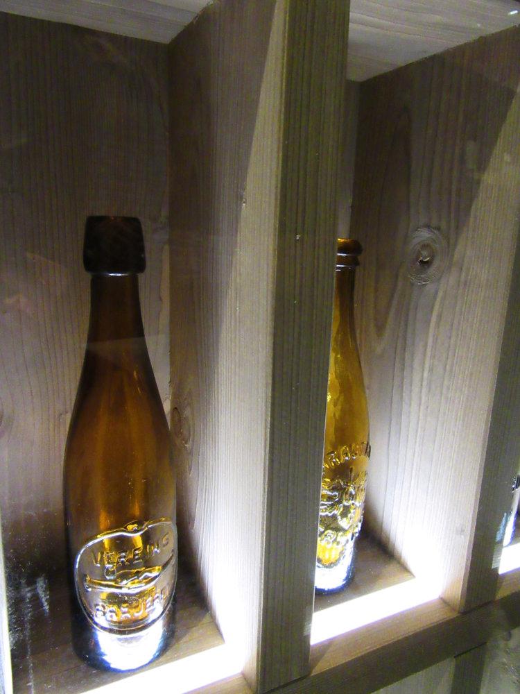 09_bierflaschen_antik