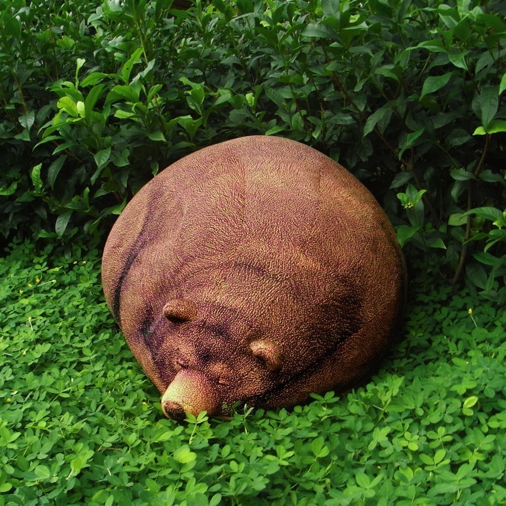 chicsindesign grizzly bean bag