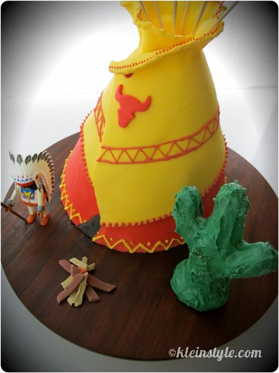 Cowboys and Native Americans : Birthday-Tipi, …ehh, .. -cake