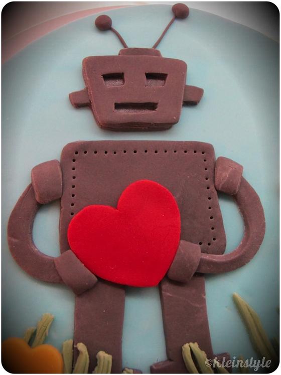 kleinstyle's Roboter mit Herz Geburtstagskuchen