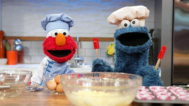 Elmo und Cookie Monster : B is for Baking