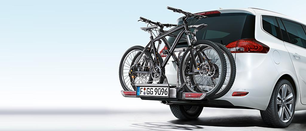 opel Zafira Familienauto mit 7 Sitzen und automatischer Unfallhilfe