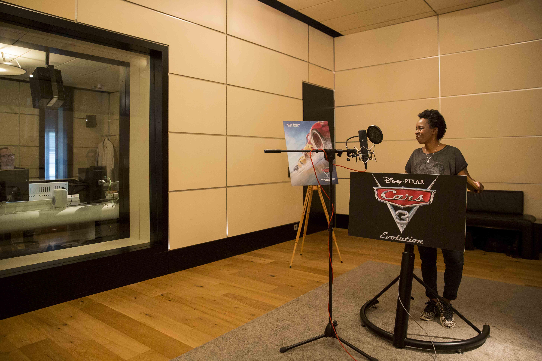 Geräusche, Stimmen und ein (Kinder-) Traumberuf : als Schauspieler im Synchronstudio
