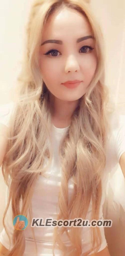 sexy kazakhstan girl