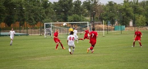 В Волгоградской области растет количество занимающихся футболом детей и взрослых