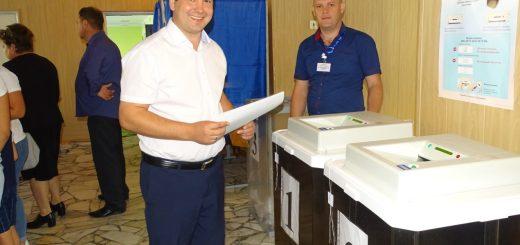 Глава Клетского муниципального района одним из первых проголосовал на выборах 8 сентября