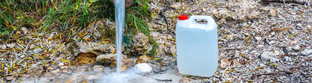 Wasserkanister Wasserbehälter