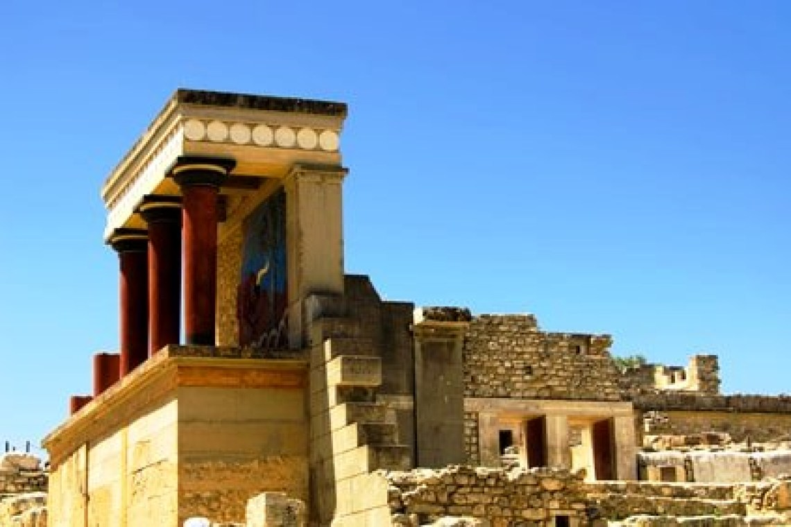 family road trip in Crete Knossos Palace Heraklion kids love greece activities for families