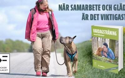 Månadens bok augusti: Vardagsträning med klicker – Åsa tipsar