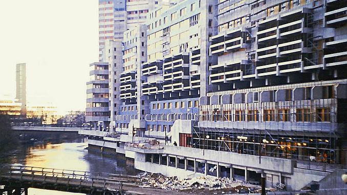 Ihmezentrum im Bau 1973