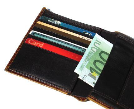 Jak najkorzystniej wymienić waluty na wakacjach?