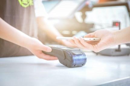 Nowoczesne metody płatności dla konsumentów online i offline