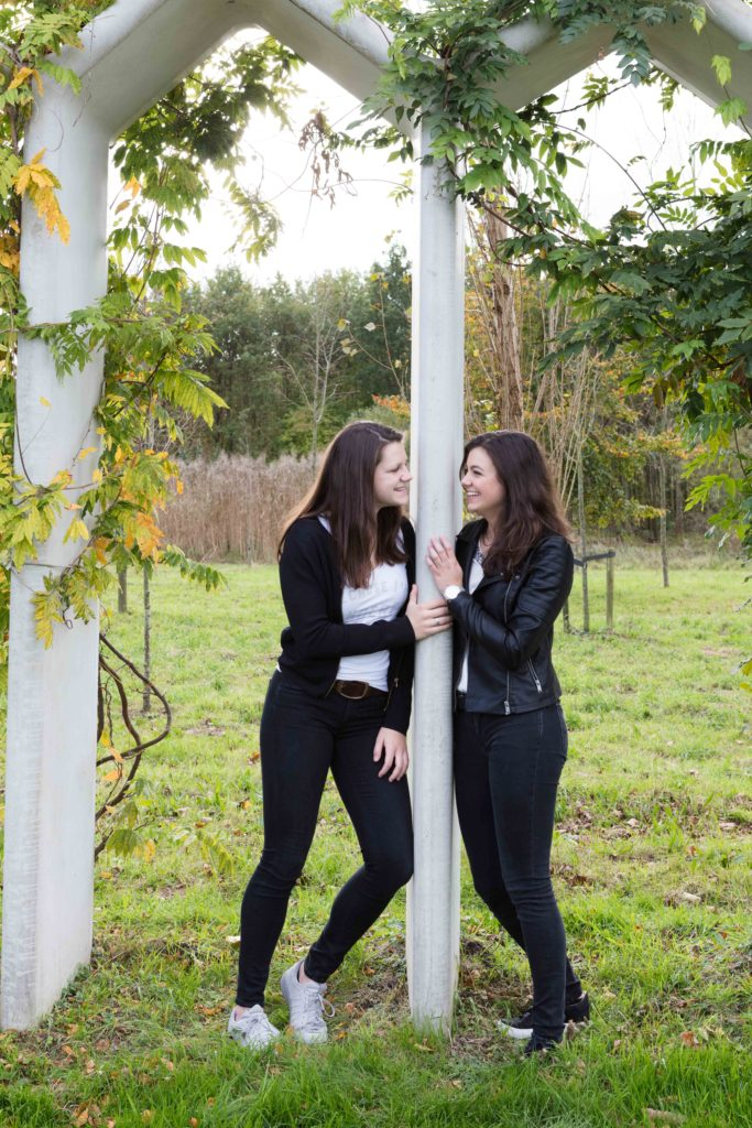 Fotoshoot op locatie van Bo & haar vriendin