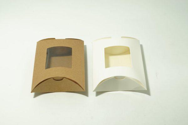 Χάρτινο Κουτί Μαξιλαράκι Με Παράθυρο 12x8cm