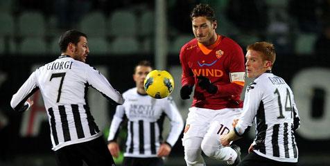 Review: Serigala Roma Terluka di Kandang Siena