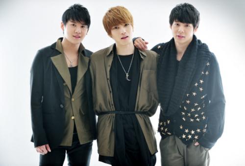 Debut sebagai JYJ, mereka bertiga mengalami hambatan promosi karena perseteruan ©allkpop.com