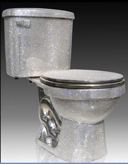 Toilet Rp 722 Juta