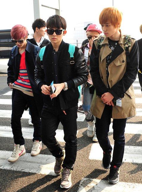 Teen Top di bandara Incheon