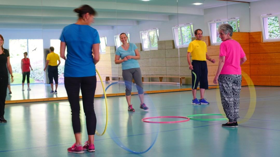 Koordinationsübung in der Gruppe