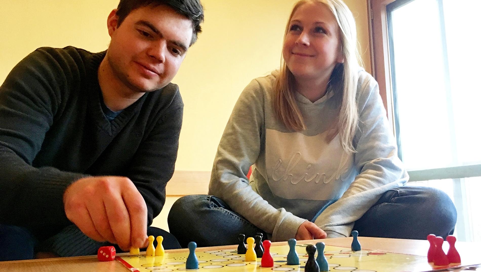Kilian und Tini im Spielewahn