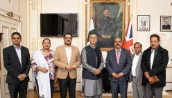 Pakistani Christain delegation meets Pakistan High Commissioner in London