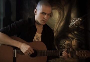 Daniel Křižka zo superstar prekvapil svojich fanúšikov autorskou piesňou