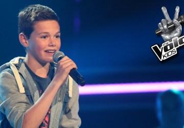 """Malý chlapec prišiel do súťaže """"Hlas"""" a podal neuveriteľný výkon. Z tohto budete mať zimomriavky"""