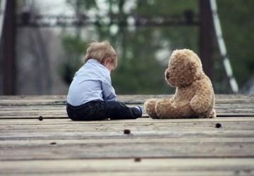 Plyšová hračka nie je zbytočnosťou, ktorá sa povaľuje po byte. Dvojročnému chlapčekovi zachránila život!