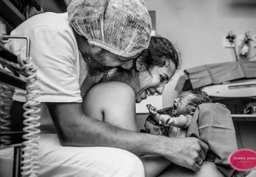 Pôrod je fascinujúcim a silným životným momentom. Pozrite si tie najlepšie fotografie, ktoré dokumentujú príchod bábätka na svet