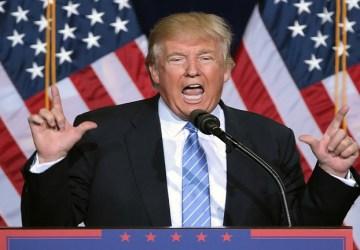 Donald Trump a ďalšia vlna kritiky: Americký prezident zle vyfarbil vlajku USA