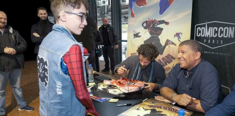 Animák Spider-Man: Paralelné svety ovládol Comic Cony vo Francúzsku a Veľkej Británii