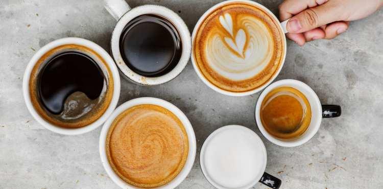 5 zdravých receptov, ako pripraviť kávu sbielkovinami