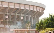 Pri vstupe na štadión netrpezliví fanúšikovia ušliapali ženu, tragédia sa odohrala priamo pred očami jej manžela