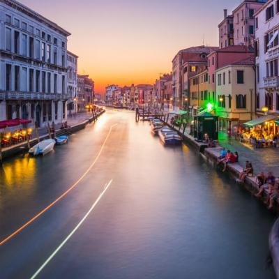 Prachtige sunset in Venetië