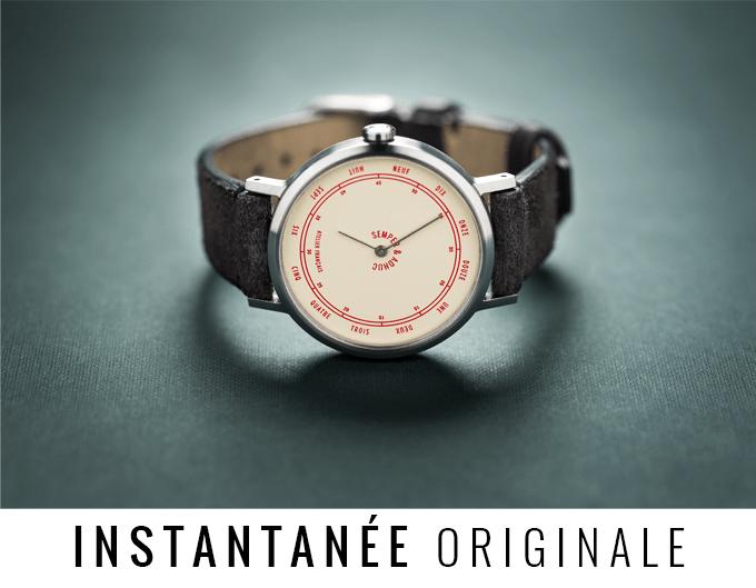 Reloj Original con decorados en color rojo