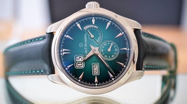 Reloj Manero PowerResve verde con detalles en color plateado con blanco y negro