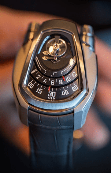 Reloj Phenomen en color plateado con correas en color gris y detalles en color blanco y rojo