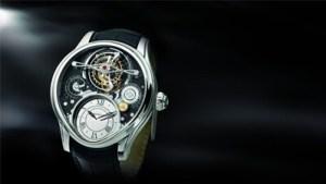 Reloj con correas negras y carátula en plateado con fondo negro