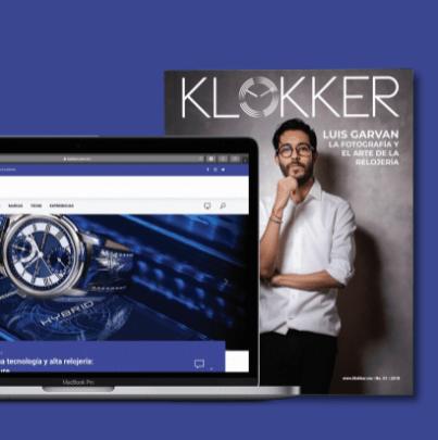 Revista impresa y computadora con la página web de Klokker