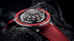 HM7 Aquapod Platinum Red
