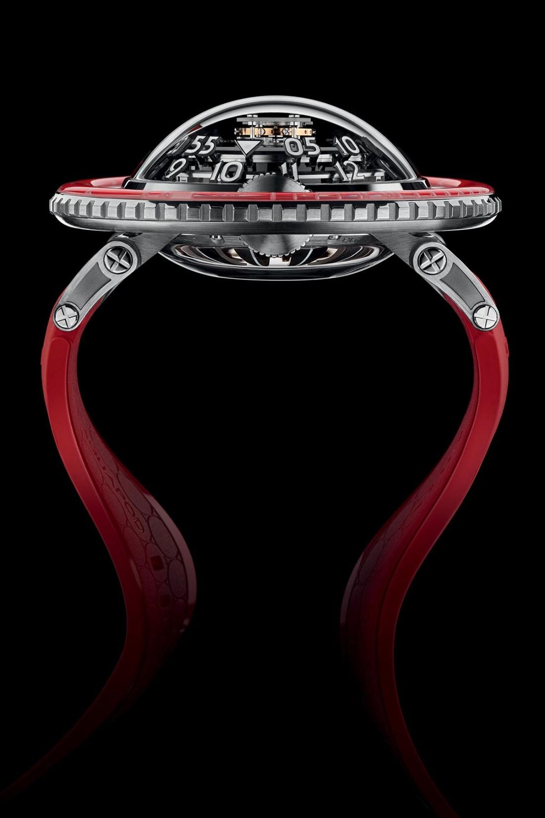 MB&F HM7 Aquapod Platinum Red