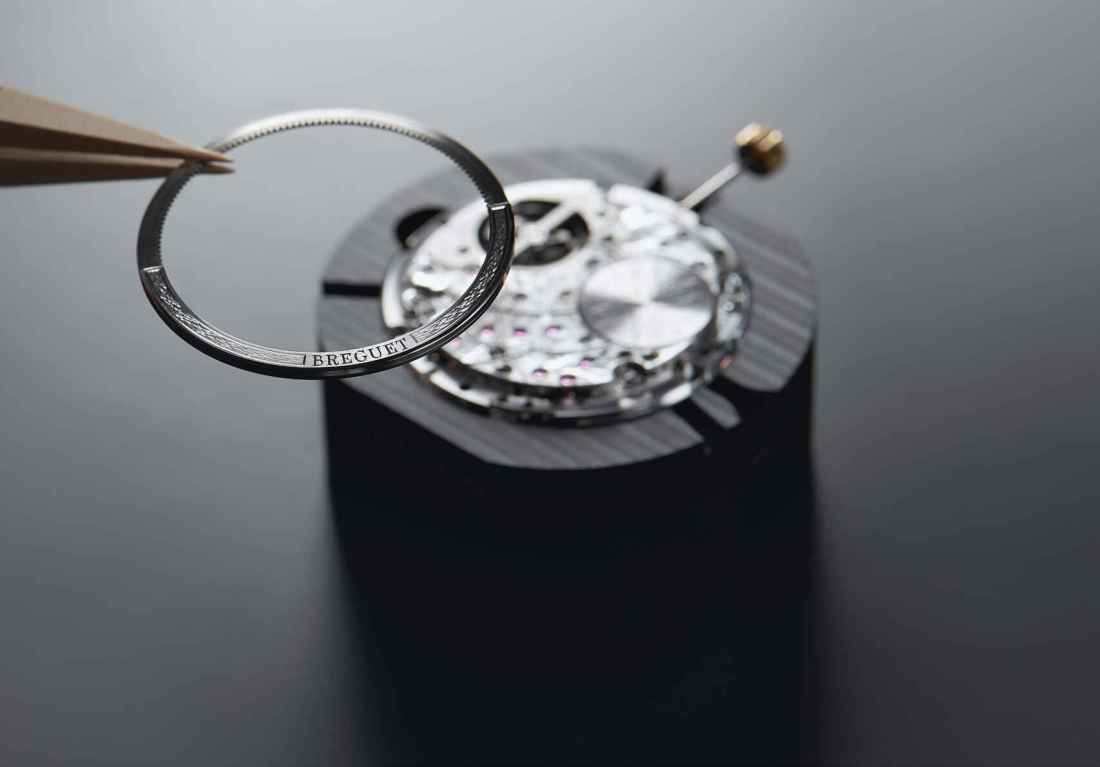Breguet_Marine_5887_movement_assembly__1__Low_resolution__72_dpi__9553