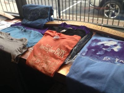 GYMAI designs t-shirts at Flagstaff ArtWalk